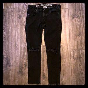 H&M Super Skinny Ankle Jean